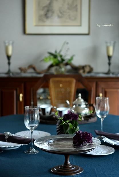 クジャク色のテーブルクロスで_c0364500_20424519.jpg