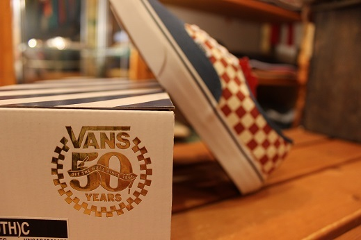 "VANS 50th ANIVERSARY ""AUTHENTIC CHECKERBOARD/BLUE ASHES\"" ご紹介_f0191324_09112367.jpg"