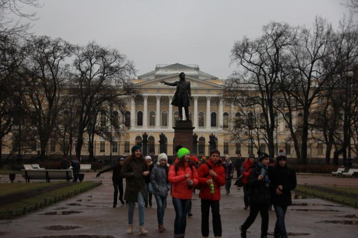秋のサンクトペテルブルク散歩_a0109837_14521794.jpg