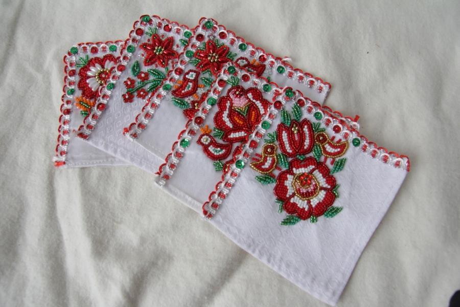 カロタセグ地方のイーラーショシュ、古い刺繍の品々、イラスト・ポストカードが入荷しました。_b0142544_443219.jpg