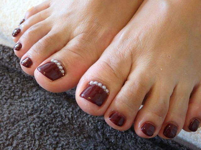 Burgundy Foot Nail_a0239065_11420994.jpg