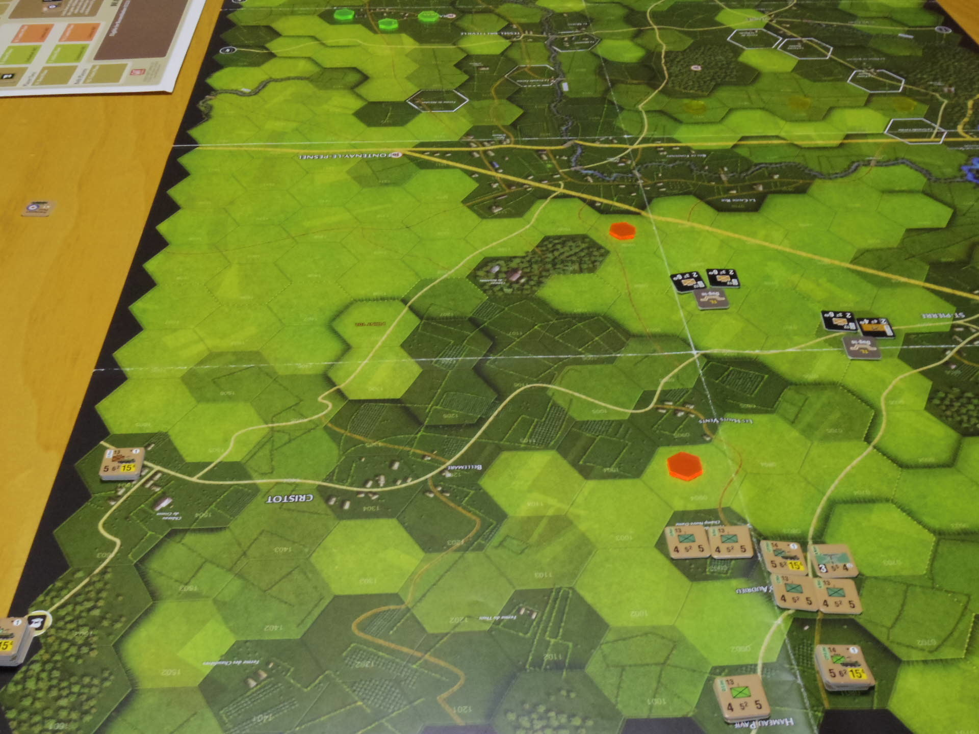 (GMT)ドーントレス作戦:練習シナリオ3「Recon Roundup(偵察の仕上げ)」からシナリオ18.1「Nightmarish Crossroad(悪夢のクロスロード)」その㈠_b0173672_01190802.jpg