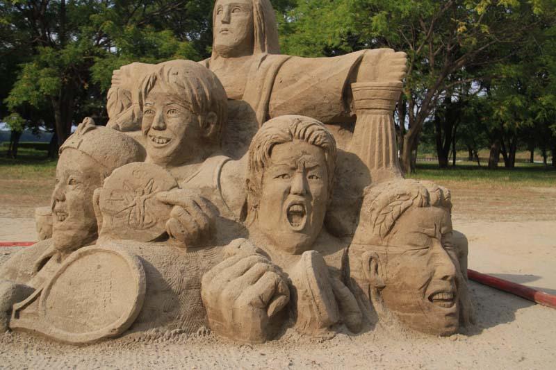 砂の彫刻_c0177785_51246.jpg