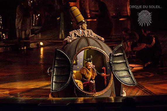 シルク・ド・ソレイユの「キュリオス」は必見の傑作!観なかったら、憤死するレベル!_c0050387_15334620.jpg
