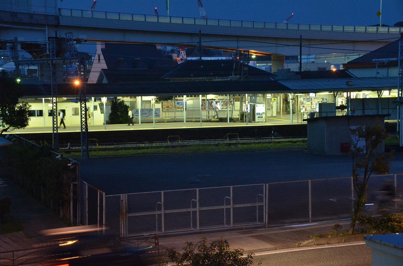 横須賀駅うえ_d0065116_21123686.jpg