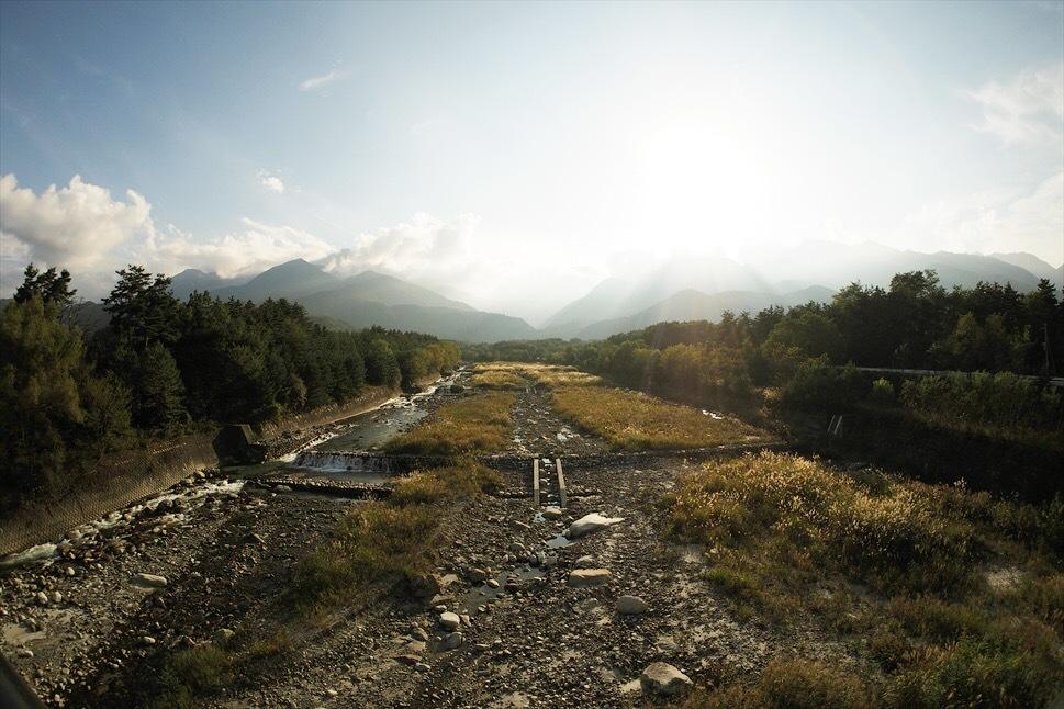 【レポート】Foresters Village Kobitto(フォレスターズビレッジ・コビット 南アルプス)キャンプ編 ① ~やはりコビットは「ナチュラルテクスチャー」の宝庫であることが変わらない_b0008655_23485824.jpg