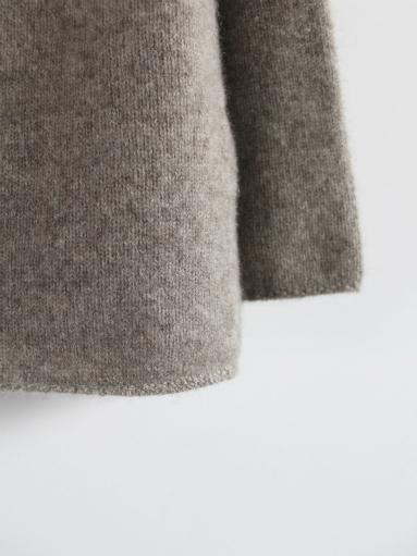 FACTORY ヤクのオフタートルセーター (products for us)_b0139281_189247.jpg