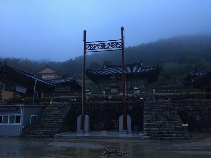 ソウルから大邱へ。韓国のおいしい味と美術作家さんたちに会いに。その3 テンプルステイ&民画作家さんのアトリエへ_a0223786_17323565.jpg