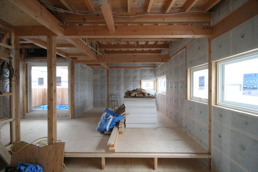 断熱工事 外壁にセルロースファイバー断熱材を充填_b0349892_05305868.jpg