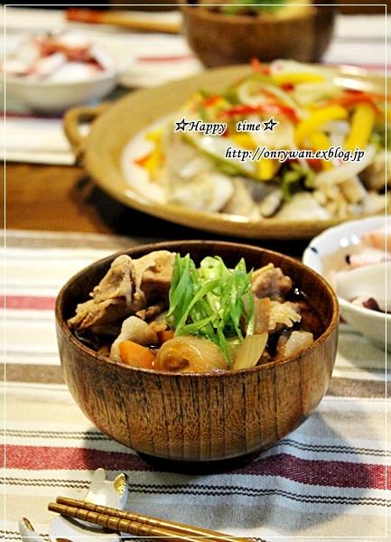 カラフルピーマンの肉詰め弁当と豚汁♪_f0348032_18195315.jpg