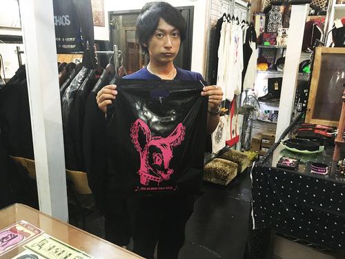 ご来店〜!!_a0097901_1723258.jpg