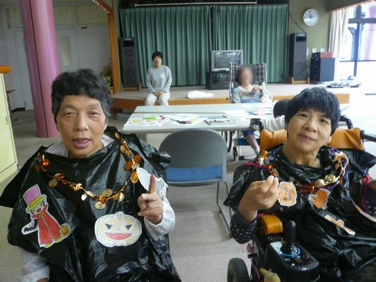 10/18 創作活動_a0154110_08201284.jpg