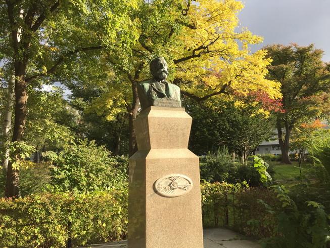 "2016年10月 『北海道大学、秋の異変』 October 2016 \""A Surprising Change in Hokkaido University\""_c0219616_12352565.jpg"