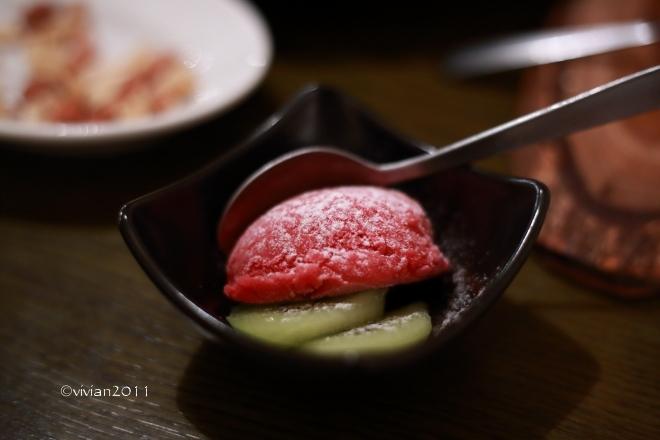 燻製レストラン&バー SMOKEMAN(スモークマン) ~燻製好きは要チェック!~_e0227942_22190582.jpg