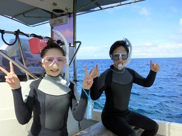 ボートで青の洞窟行けています!!_a0156273_18464714.jpg