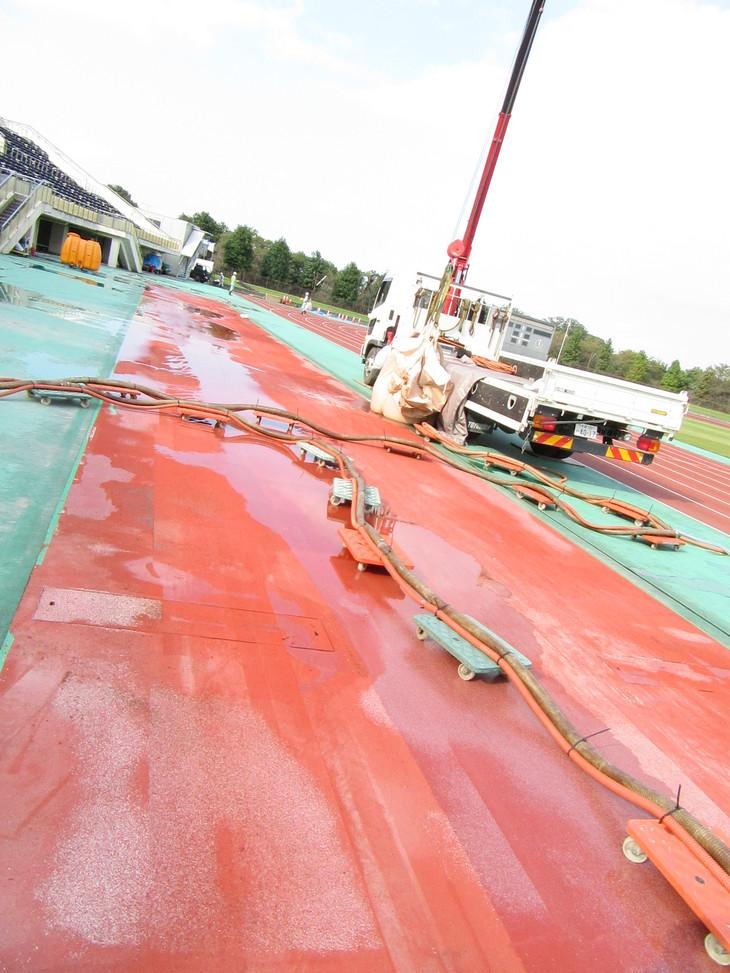 10/20 陸上競技場改修工事状況_d0165682_1311837.jpg