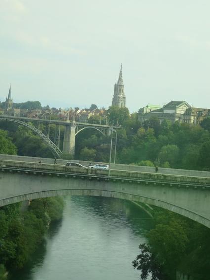 スイスの車窓(Visp~Zurich)から~♪_c0212604_2346433.jpg