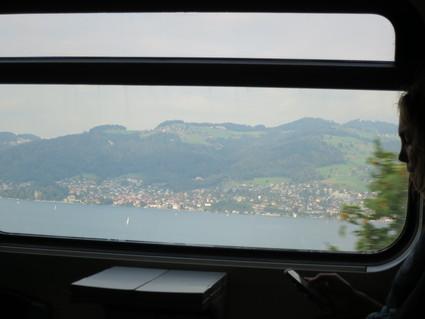 スイスの車窓(Visp~Zurich)から~♪_c0212604_23493545.jpg