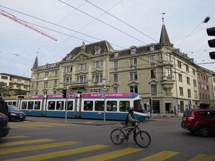 スイスの車窓(Visp~Zurich)から~♪_c0212604_23565476.jpg