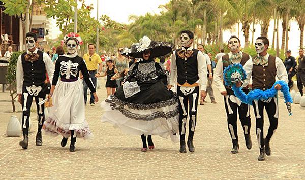 DIA DE LOS MUERTOS「死者の日」メキシコ_f0157505_1324218.jpg