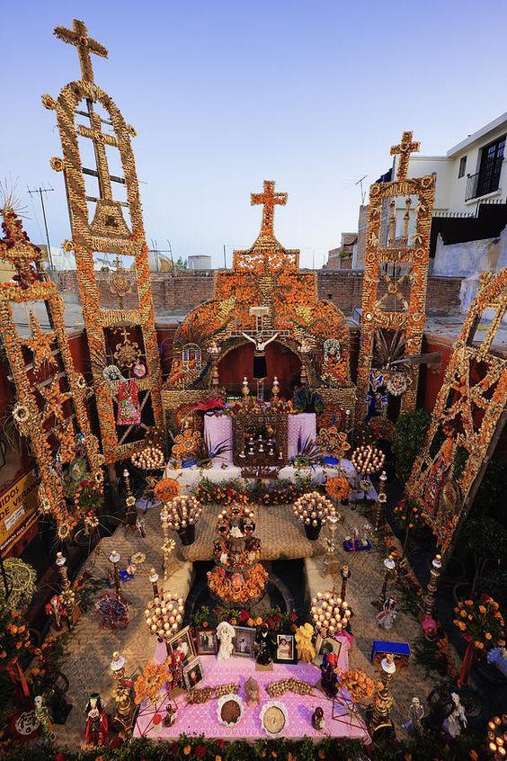 DIA DE LOS MUERTOS「死者の日」メキシコ_f0157505_1385494.jpg