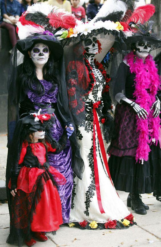 DIA DE LOS MUERTOS「死者の日」メキシコ_f0157505_1395542.jpg