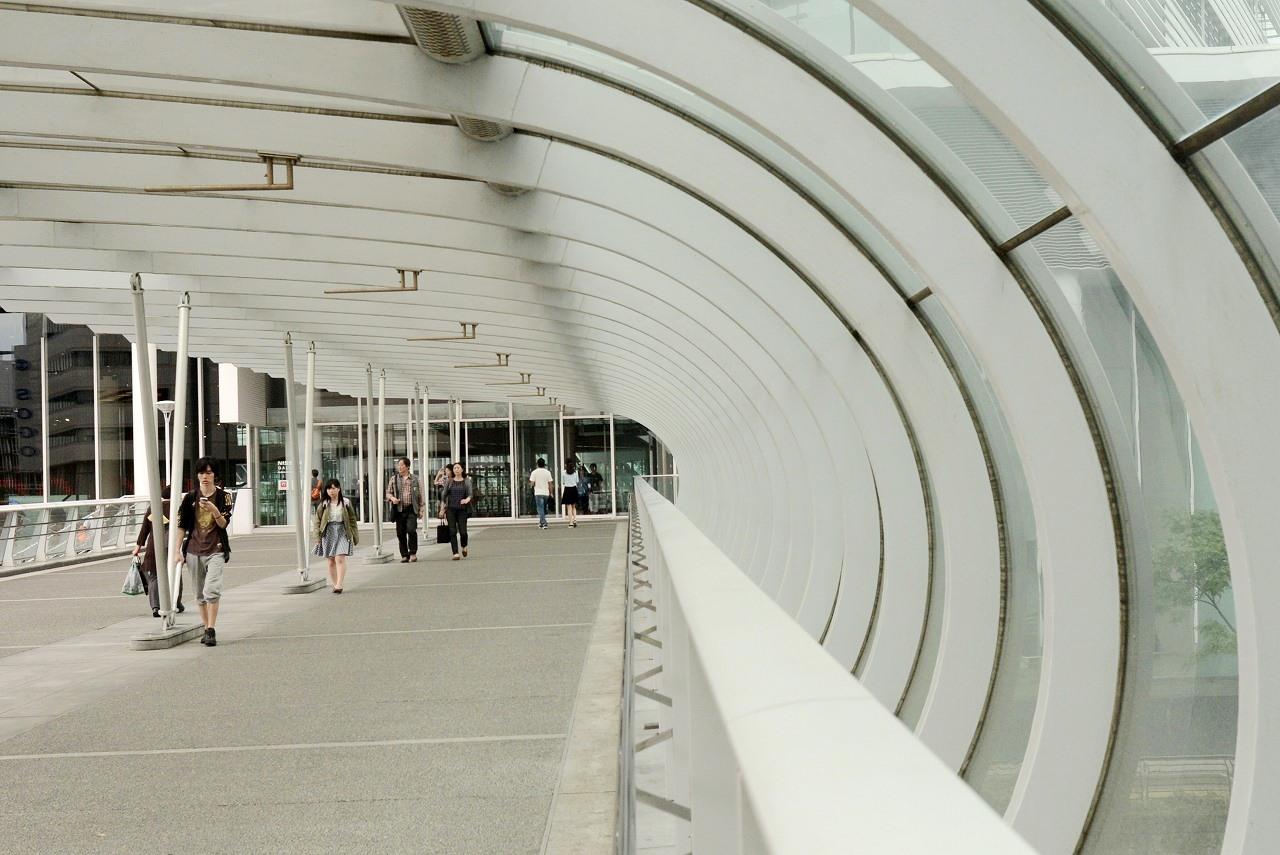 横浜駅東口_d0065116_19575928.jpg