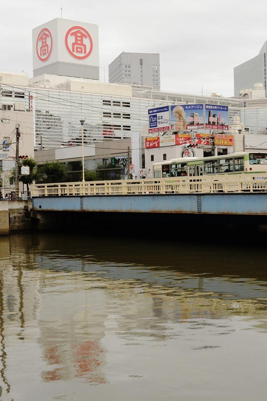 横浜駅西口_d0065116_20182079.jpg