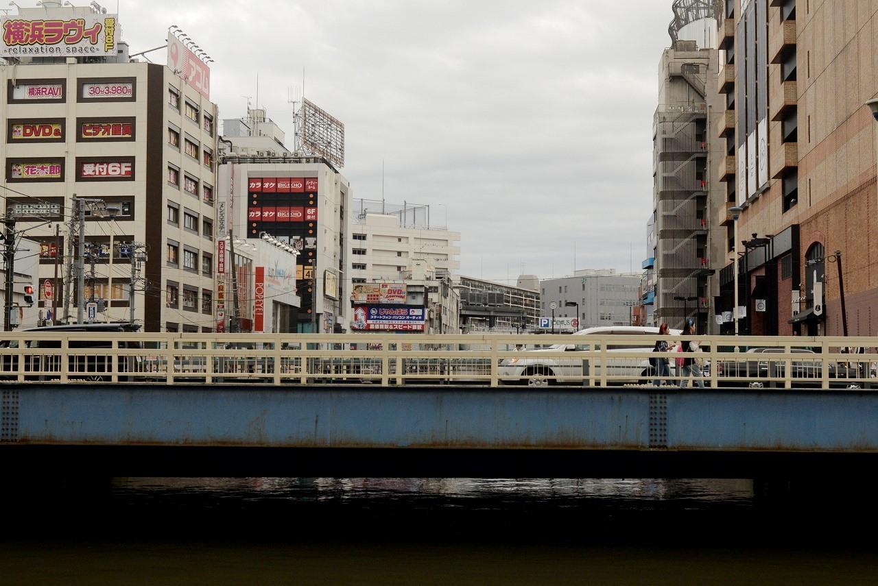 横浜駅西口_d0065116_20184541.jpg