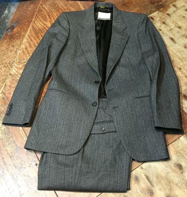 10/22(土)入荷商品!70〜80s カルダン wool スーツ!_c0144020_1421591.jpg