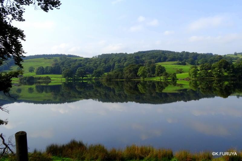 湖水地方へ 6 可愛い村 ホークスヘッド_a0092659_23042497.jpg