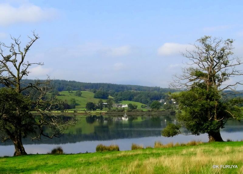 湖水地方へ 6 可愛い村 ホークスヘッド_a0092659_23145371.jpg
