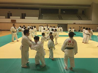 中学生との合同練習_b0172494_23235636.jpg