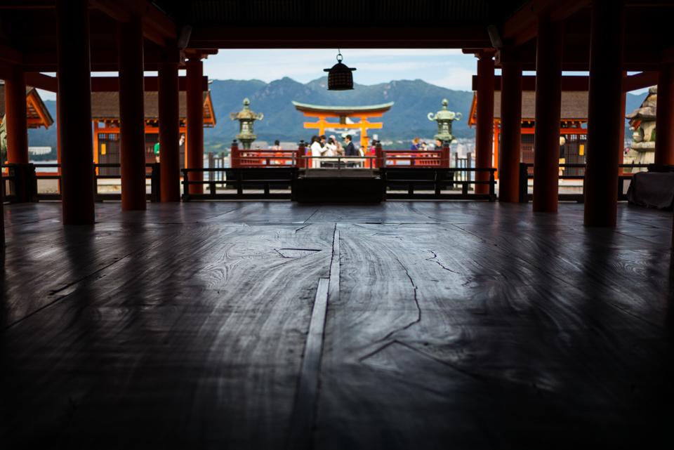 Shrine  ・・・安芸の宮島・・・_f0333031_04253004.jpg