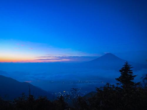 2016.10.22新道峠からの早朝の風景_e0321032_2316822.jpg