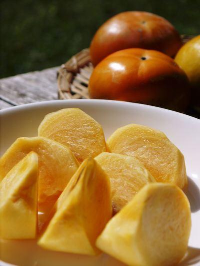太秋柿 秋の果実の王様『太秋柿』が最旬を迎え大好評販売中!柿は体内のアルコール分解にも良いんです!_a0254656_1758038.jpg