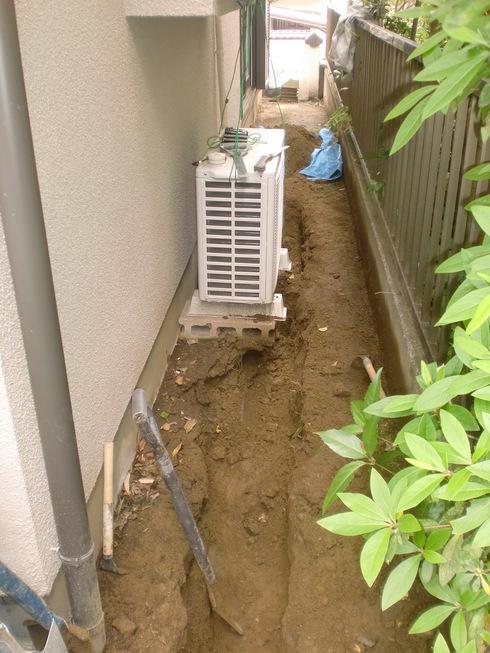 雨水配管改修工事_e0190287_17505476.jpg