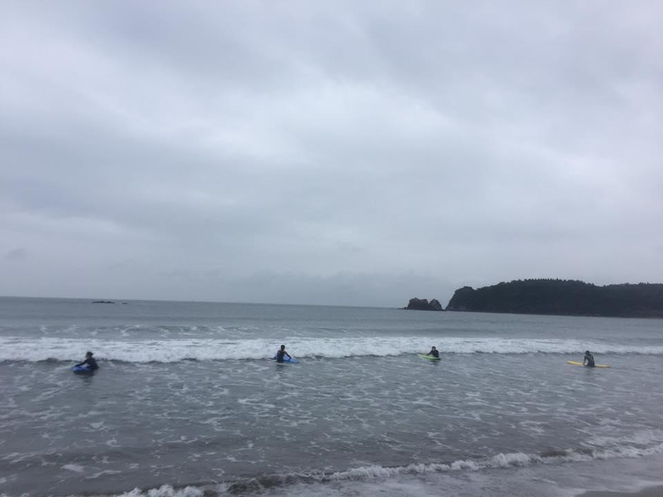 サーフィンスクール20161023_c0058609_17453741.jpg