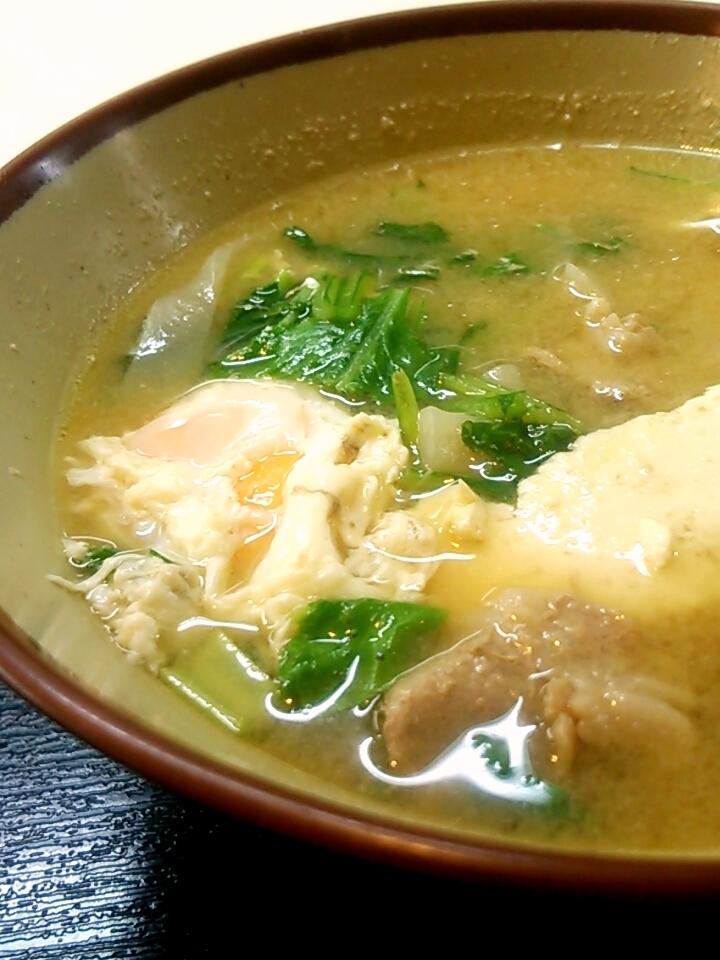 那覇・松山 「みかど」 卵がうれしい味噌汁_c0362623_22320588.jpg