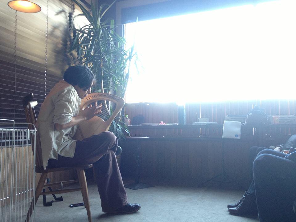 12/4(日)絵本とライアーコンサート@朝霞台cafe uraraka_a0201829_17455513.jpg