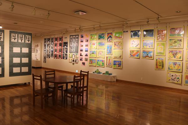 東川町文化ギャラリー展示のお知らせ _b0187229_12511551.jpg