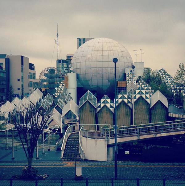 湘南台文化センター / iPhone 6_c0334533_23573995.jpg