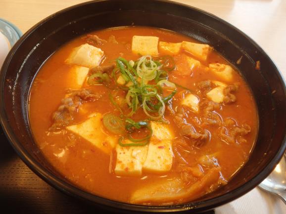 松屋の豆腐キムチチゲ膳     門真店_c0118393_1139031.jpg
