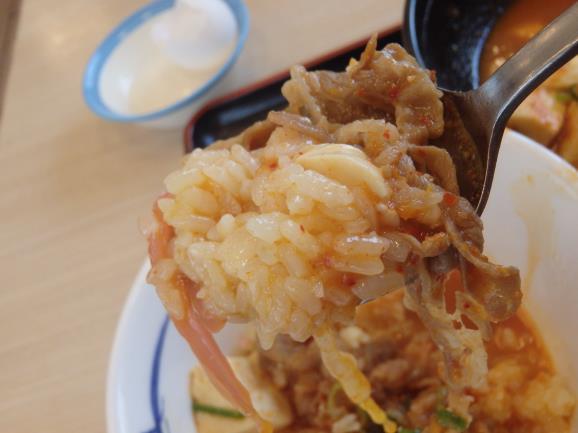 松屋の豆腐キムチチゲ膳     門真店_c0118393_1271377.jpg