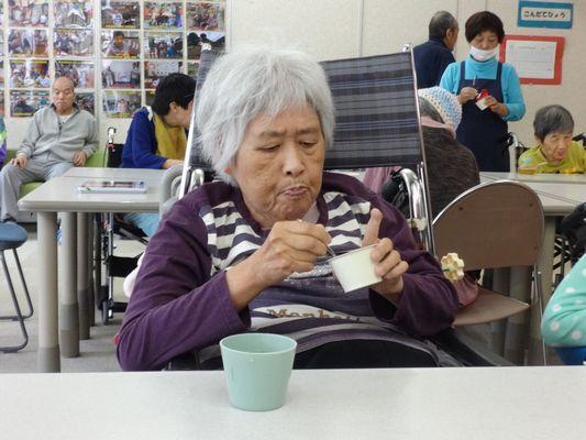 10/23 日曜喫茶_a0154110_13123916.jpg