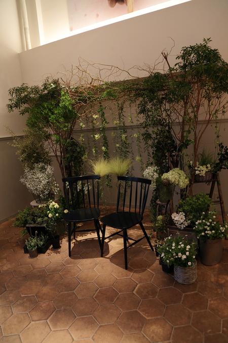 秋の装花 高砂ソファと緑のアーチ 天王洲アイルSOHOLM(スーホルム)様へ_a0042928_1332987.jpg