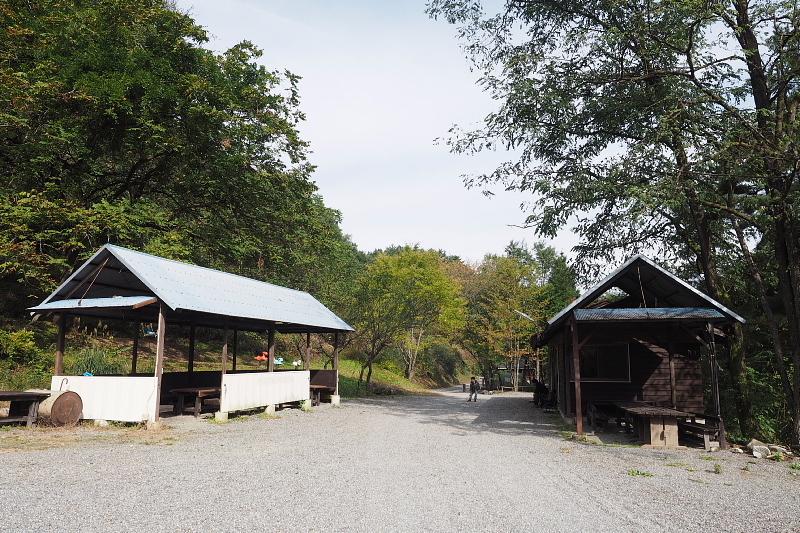 【キャンプ場施設レポート】Foresters Village Kobitto(フォレスターズビレッジ・コビット 南アルプス)① 建物編 _b0008655_11410769.jpg