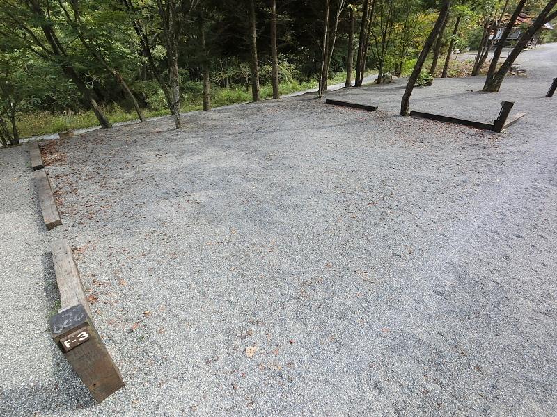【キャンプ場施設レポート】Foresters Village Kobitto(フォレスターズビレッジ・コビット 南アルプス)②_b0008655_11520215.jpg
