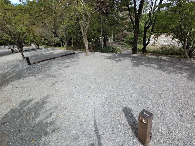 【キャンプ場施設レポート】Foresters Village Kobitto(フォレスターズビレッジ・コビット 南アルプス)②_b0008655_11532810.jpg