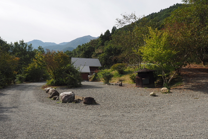 【キャンプ場施設レポート】Foresters Village Kobitto(フォレスターズビレッジ・コビット 南アルプス)②_b0008655_12094598.jpg